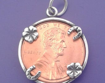 Lucky PENNY HOLDER Charm .925 Sterling Silver Four Leaf Clovers and Horseshoes Pendant - t01368