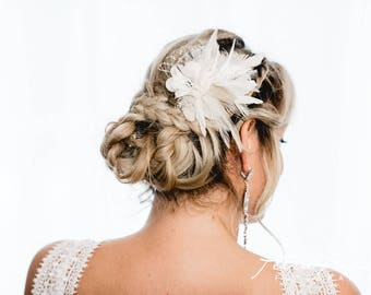 N13 Bridal Veil, wedding hairstyles, Bohos, bridal hairstyles, hair ornaments, comb, bridal headpieces, Fascination, vintage, ivory