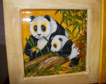 Frame mother Panda and her cub