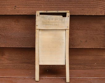 Little Grill Washboard, Antique Small Hankie and Collars Washing Board, Old Housekeeping Tool, American Wash Board Co, Message Board,