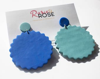 Bonnie Biscuit - royal blue and teal