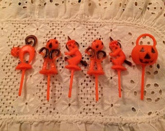 6 Vintage Halloween Witch Cat Pumpkin Scarecrow Cupcake Toppers