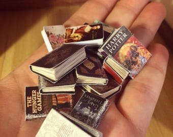 15 MINIATURE BOOKS - selection of 15 handmade, vintage and modern, 1/12 scale, dollhouse books