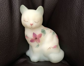 Fenton glass sitting cat frosted