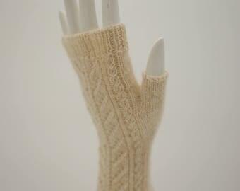 Hand knitted fingerless mittens. Alpaca mittens. Fingerless mittens. Knit woman mittens.