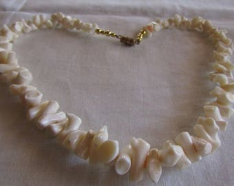"17 1/4"" White Coral Necklace with Gold Tone Barrel Clasp"