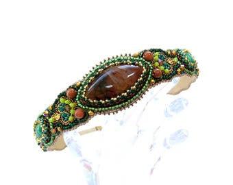Beaded headband Beaded tiara Beaded headpiece Green brown headband Women headband Bead embroidered headband Hair accessories Tiara medieval