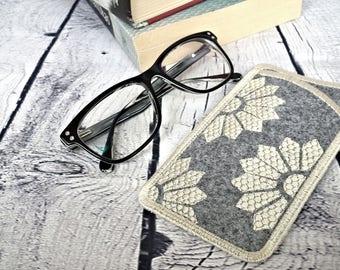 Felt eyeglass case, soft eyeglass, embroidered felt case, sunglass pouch, eyeglass sleeve