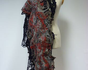 The hot price, warm wool shawl. Perfect for Winter.