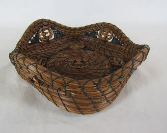 Pine needle basket with walnut slices