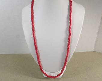 Beautiful Vintage Gold Tone Red Glass Micro Beaded Single Strand Beaded Necklace  DL# 3006