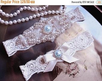 ON SALE Wedding Garter, NO Slip Lace Wedding Garter Set, bridal garter set, vintage rhinestones, pearl and rhinestone garter set
