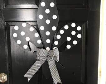 Black and white Fleur De Lis Door hanger