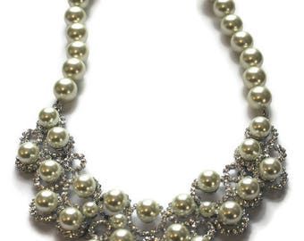 Stunning Vintage Rhinestone And Pearl Bib Necklace Created By Joan Boyce Rhinestone Jewelry Pearl Jewelry Bridal Necklace Statement Jewelry
