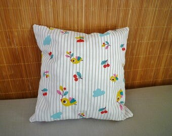 Nest egg birds and polka dots, white, green, yellow, pink