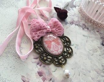 large baroque Medallion door jewelry pink