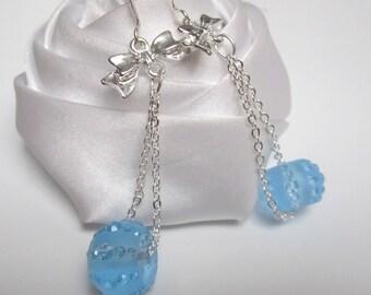 Earrings small cascade of blue beads