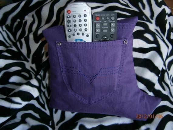 Original coussin deco range telecommande purple daze - Coussin telecommande ...