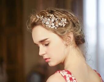 HA04 - Wedding Hair Accessories Hair Pins & Comb Gold Rhinestone Flower