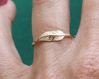 Gold Ring, Feather Ring, Delicate Ring, Elegand Ring, Band Ring, Yellow Gold Ring, Gold Plated Ring