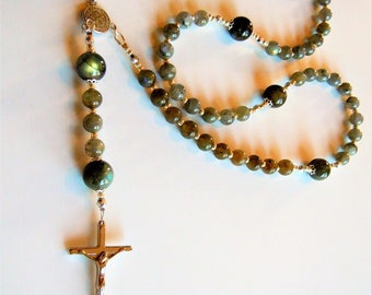 Rosary necklace while natural labradorites.
