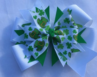 St Patrick's Day Bow, St Paddy's Day Hair Bow, Green Hair Bow, Lucky Bow, Irish Holiday,  Holiday Bow