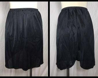 Vassarette Black Nylon Half Slip in Above Knee Length with Back Slit - Size Medium