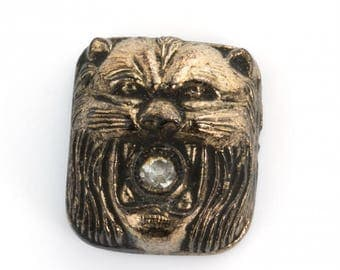 Art Deco lion stone with rhinestone in mouth. 15x12mm. Pkg of 1. b5-522(e)