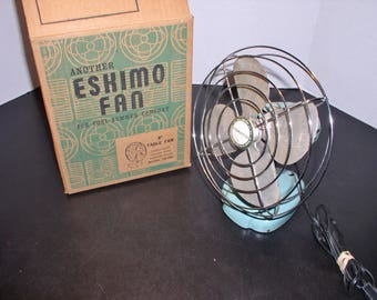 """Vintage 1940s Eskimo 8"""" Table Fan in Box - Turqouise - All Metal & works great!"""
