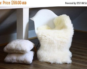 ON SALE WOW! Genuine Natural Lambskin / Sheepskin Rug, Pelt, soft long fur Xl Large - creamy white