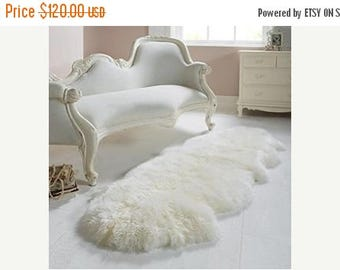 ON SALE Exclusive Genuine Natural Sheepskin / Lambskin Rug, Pelt, soft long fur XXl LARGE  super soft fur - Double - creamy white