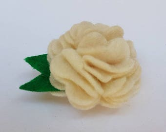 Felt flower brooch, felt flower pin, felt flower, felt flower jewellery, felt jewellery, felt brooch, felt pin, cream felt flower brooch