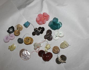 Supplies, Bunches of Buttons for Sewing Projects or Arts and Crafts, Look at Pictures  Descriptions,  20 Bunches of Buttons, Mother of Pearl