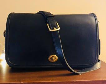 Beautiful Vintage Soft Leather Genuine Coach Ridgedid Flap Crossbody Bag, Brass Hardware, Black Leather, NC Estate.