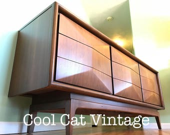 Mid-Century United Diamond Front 9 Drawer Dresser (*please see notes on shipping)
