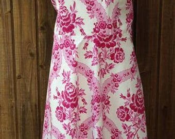 Victoria Fit and Flare Style Dress Size 18