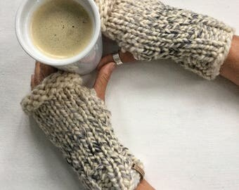 The HEATHER Fingerless Mitts - Hand-warmers- Texting fingerless mittens - 21 colors available