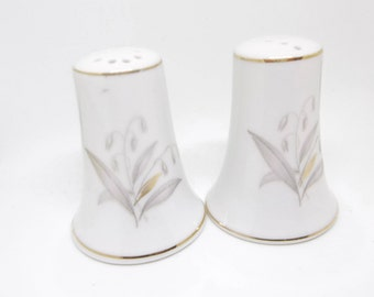 Kaysons china salt and pepper shakers