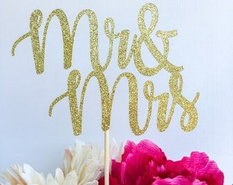 Mr and mrs cake topper | Bridal shower cake topper | Engagement party cake topper | Glitter topper | Mr and mrs | Bride to be