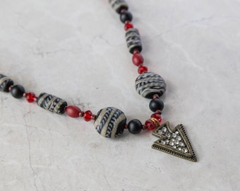 Black & Red Arrow Beaded 2 Piece Jewelry Set - Necklace and Earrings