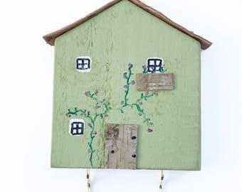 Wooden House Key Holder, Key Hook, Key Rack, Key Tidy, Key Hanger, Wall Hooks, Wooden House Decor, Housewarming Gift, Key Holder for Wall