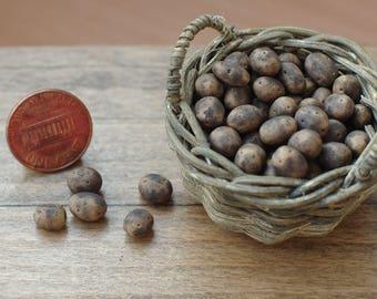 12 pieces of miniature potatoes