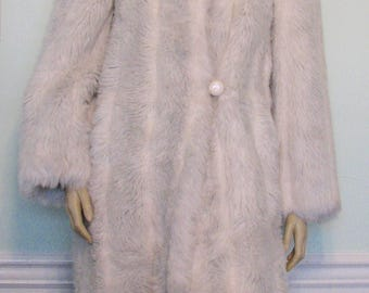 Vintage Coat White Fur Faux Glenoit Intrigue Long Luxurious