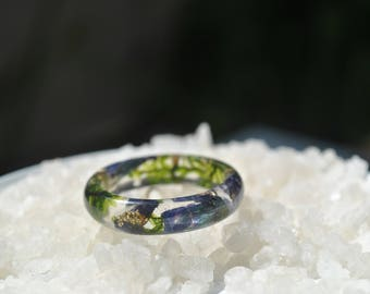 nature inspired engagement rings, nature rings, nature inspired rings resin ring flower resin ring Wide Band Ring eco resin ring,moss rings