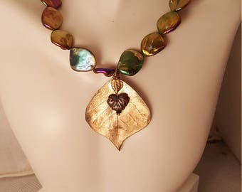 Green & gold leaf necklace  (NK047)