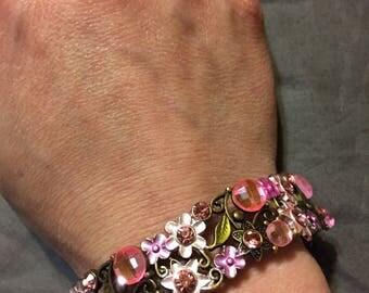 Pink flower power bracelet