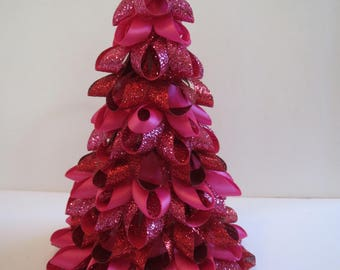 Pink with Shades of Red Valentines Ribbon Tree
