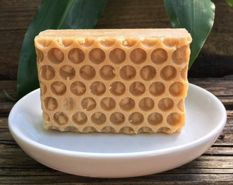 Honey & Oats Goat Milk Soap, Local Goat Milk, Local Honey, Sensitive Skin Soap, Palm Free Soap, Avocado Oil Soap, Sweet Almond Oil Soap
