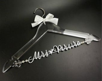 Clear Wedding Hanger, Custom Bridal Hanger, Wedding Dress Hanger, Bride Bridesmaid Name Hanger, Bridal Shower Gift, Wedding Party Gift TM052