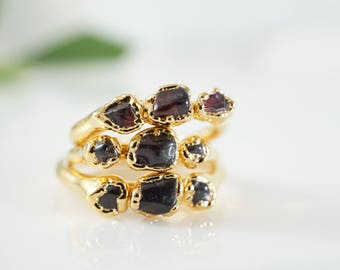 Raw Garnet Ring • Gold Ring • January Birthstone • Birthstone Jewelry • Wearable Art • Red Jewel Ring